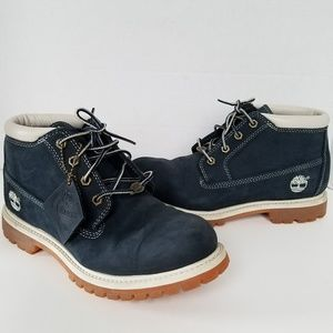 Navy NWOT Timberland Boots